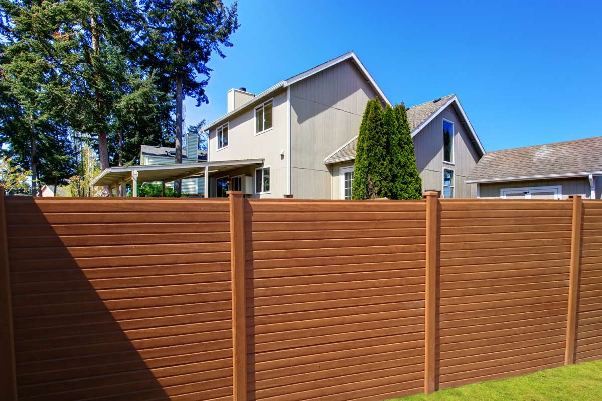 Wood Effect Plastic Fencing